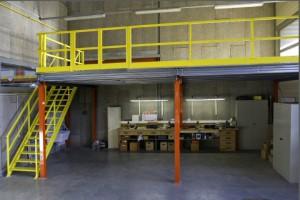 Plate-forme de stockage à poteaux type mezzanine industrielle MSI
