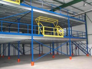 plate-forme-industrielle-mezzanine-2-niveaux-sas
